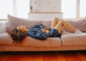 Razkrivamo najpogostejše simptome PMS-a.